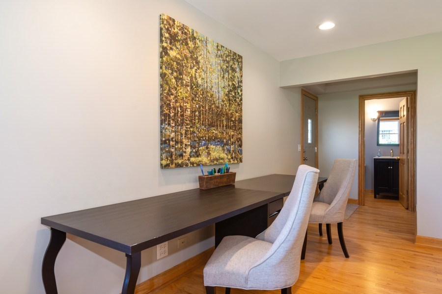 Real Estate Photography - 3039 North Huntington Dr, Arlington Heights, IL, 60004 - Expanded Family Rm w/space for homework/hobby