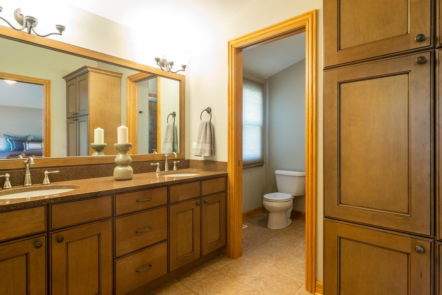 Real Estate Photography - 3039 North Huntington Dr, Arlington Heights, IL, 60004 - Master Bath w/double sinks & built in storage