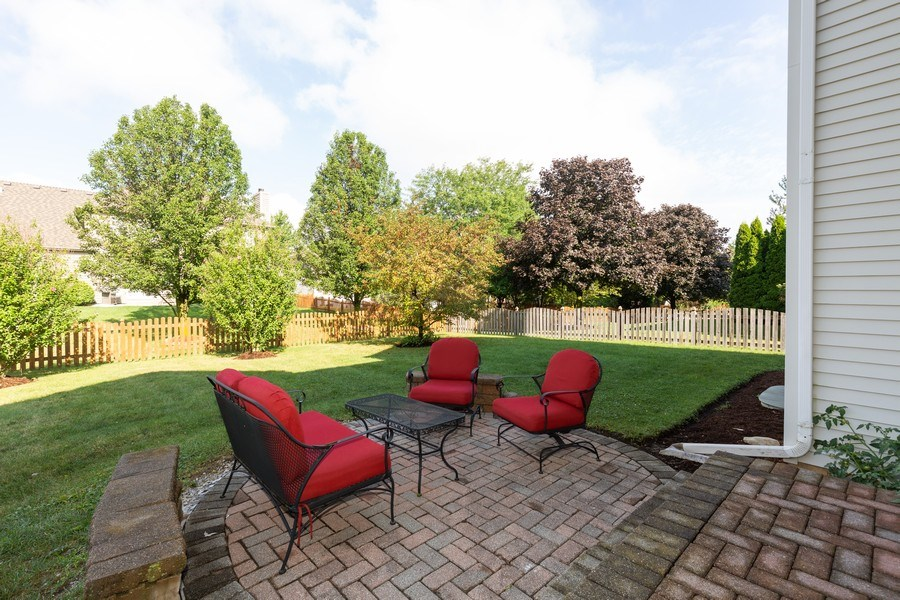 Real Estate Photography - 906 Sunrise Dr, South Elgin, IL, 60177 - Patio