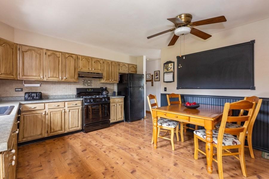 Real Estate Photography - 10281 West Talmadge Ave, Beach Park, IL, 60087 - Kitchen
