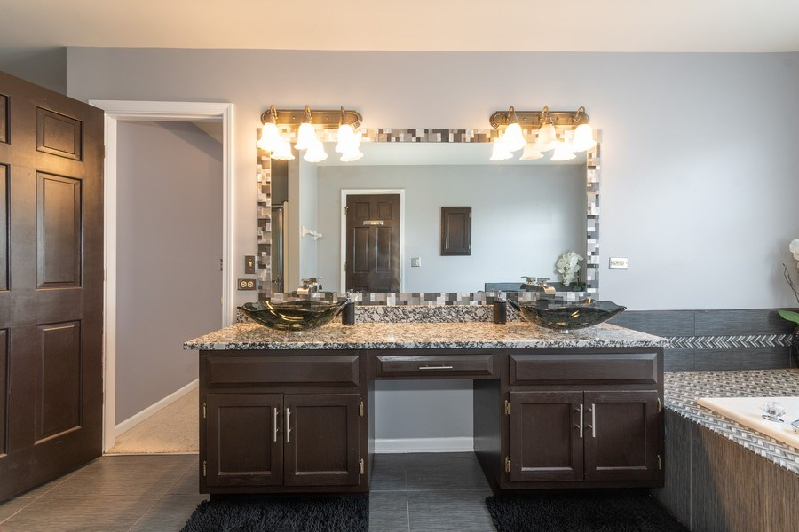 Real Estate Photography - 2833 Mapleside Ct, Aurora, IL, 60502 - Master Bathroom