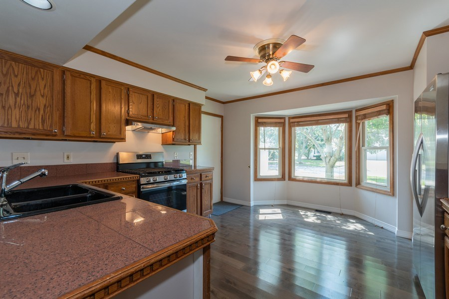 Real Estate Photography - 617 Maves Dr, Batavia, IL, 60510 - Kitchen