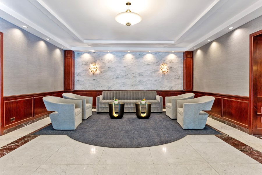 Real Estate Photography - 1313 North Ritchie Ct, 1704, Chicago, IL, 60610 - Lobby