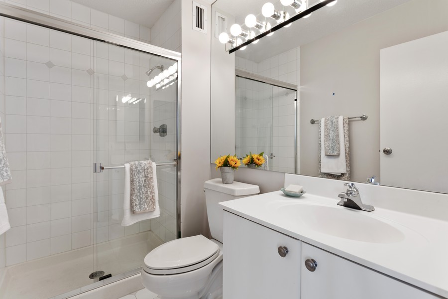 Real Estate Photography - 1313 North Ritchie Ct, 1704, Chicago, IL, 60610 - 2nd Bathroom