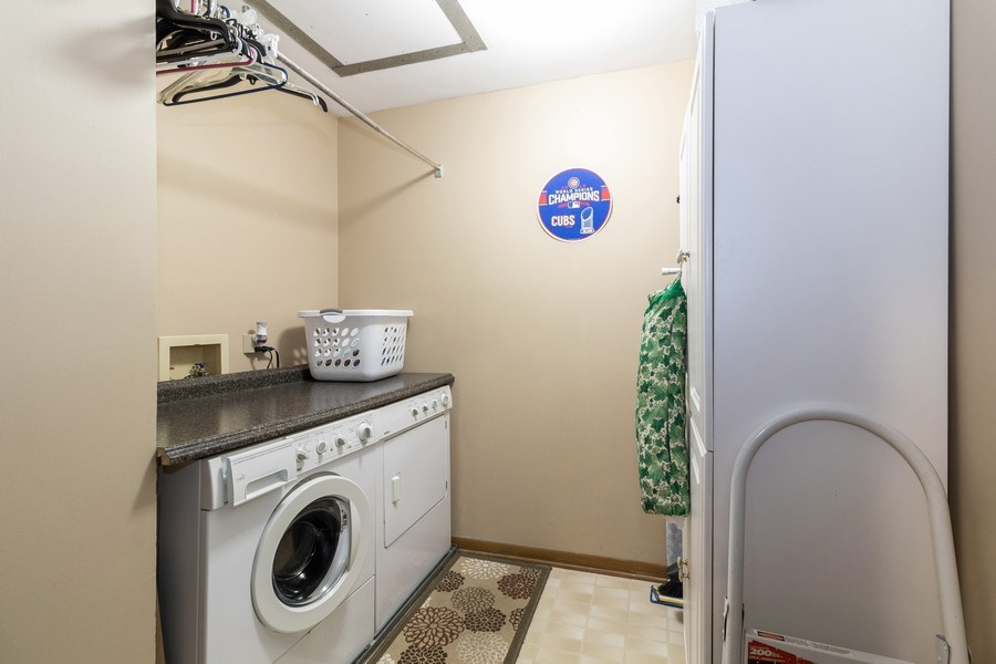 Real Estate Photography - 226 Manor Dr, 4, New Lenox, IL, 60451 - Laundry Room