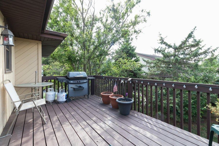 Real Estate Photography - 226 Manor Dr, 4, New Lenox, IL, 60451 - 9x15' Balcony