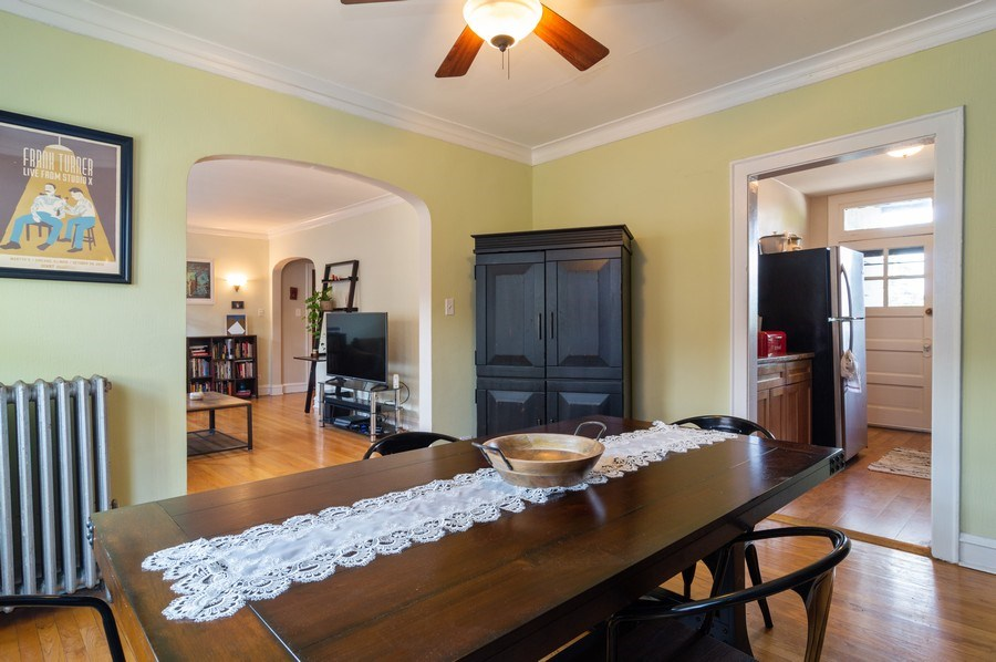 Real Estate Photography - 4130 North Kedvale Ave, 308, Chicago, IL, 60641 - Kitchen / Dining Room