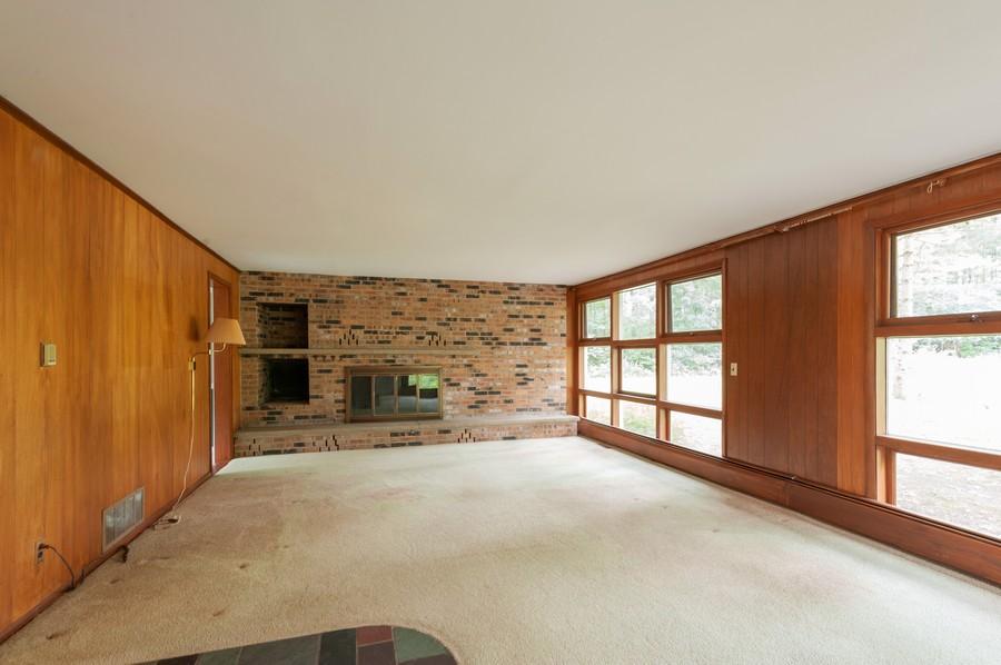 Real Estate Photography - 39535 North Beck Rd, Lake Villa, IL, 60046 - Living Room