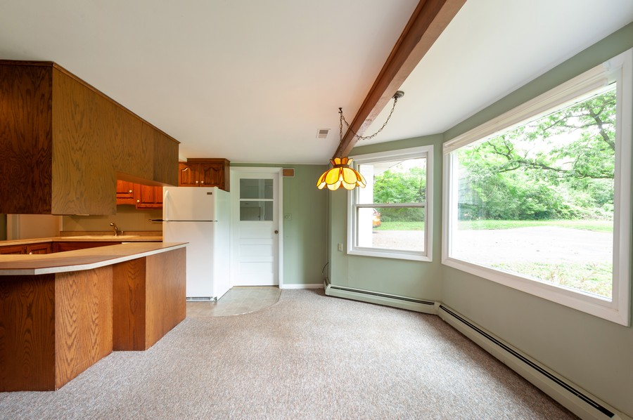 Real Estate Photography - 39535 North Beck Rd, Lake Villa, IL, 60046 - Kitchen / Breakfast Room
