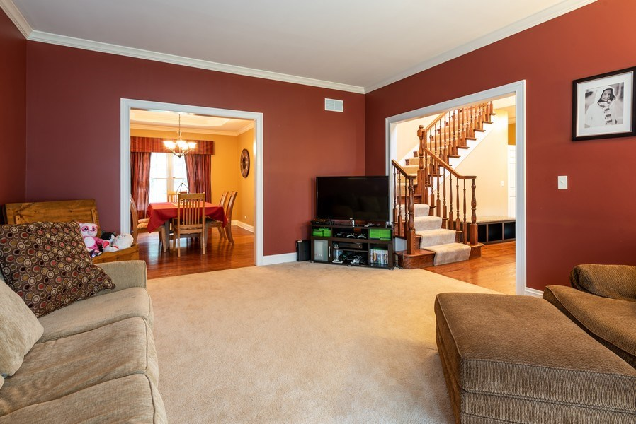 Real Estate Photography - 3320 Thunderbird Ln, Prairie Grove, IL, 60012 - Living Room