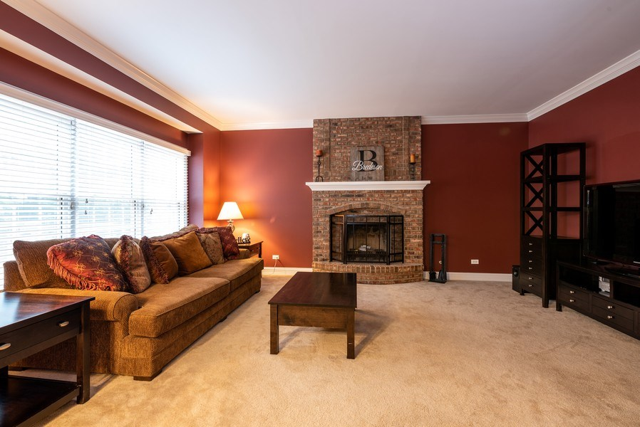 Real Estate Photography - 3320 Thunderbird Ln, Prairie Grove, IL, 60012 - Family Room