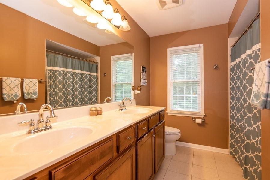 Real Estate Photography - 3320 Thunderbird Ln, Prairie Grove, IL, 60012 - 2nd Bathroom