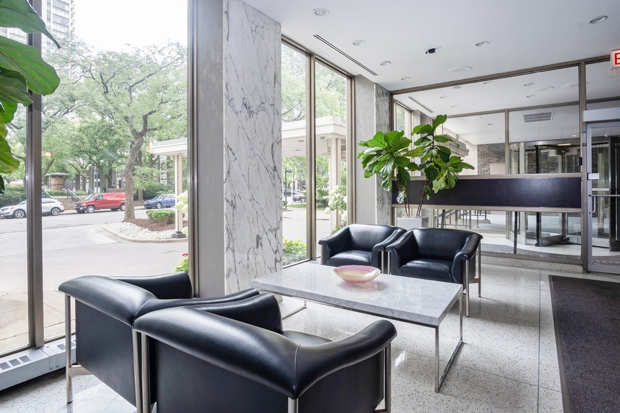 Real Estate Photography - 1360 N Sandburg Terrace, Unit 811, Chicago, IL, 60610 - Lobby