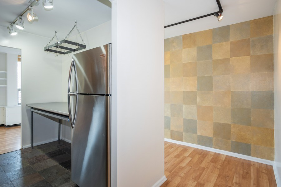Real Estate Photography - 1360 N Sandburg Terrace, Unit 811, Chicago, IL, 60610 - Kitchen / Living Room