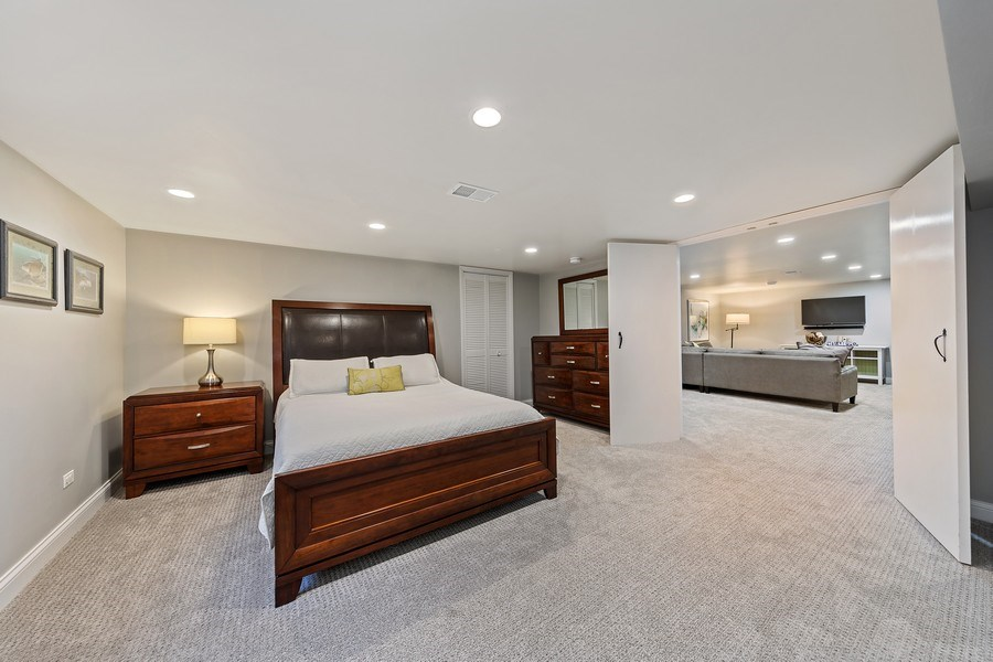 Real Estate Photography - 254 Scott Ave, Glen Ellyn, IL, 60137 - 2nd Bedroom