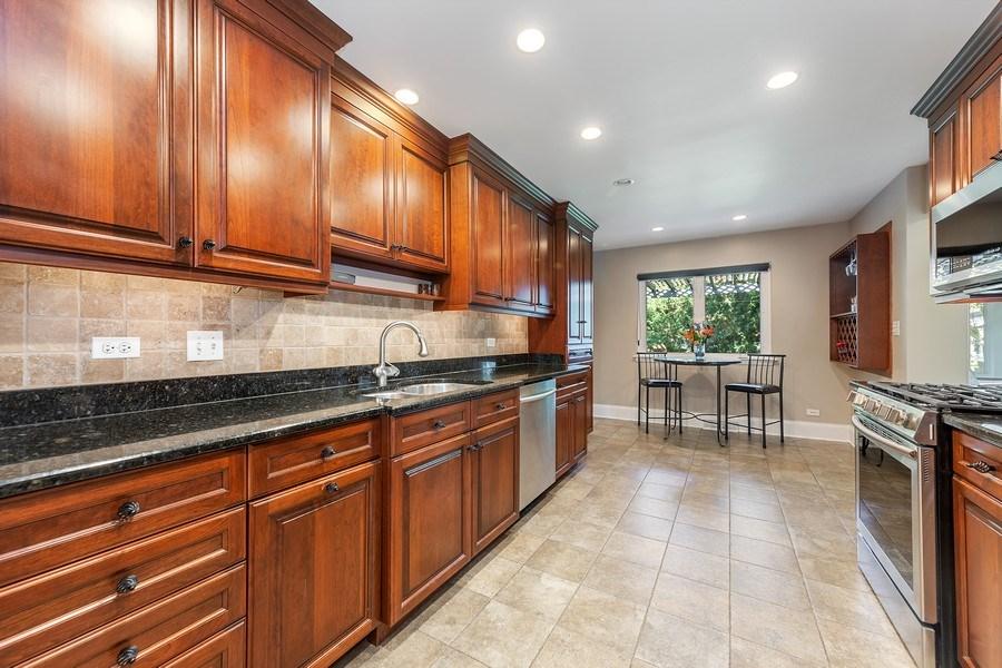 Real Estate Photography - 254 Scott Ave, Glen Ellyn, IL, 60137 - Kitchen