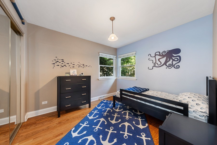 Real Estate Photography - 254 Scott Ave, Glen Ellyn, IL, 60137 - Bedroom
