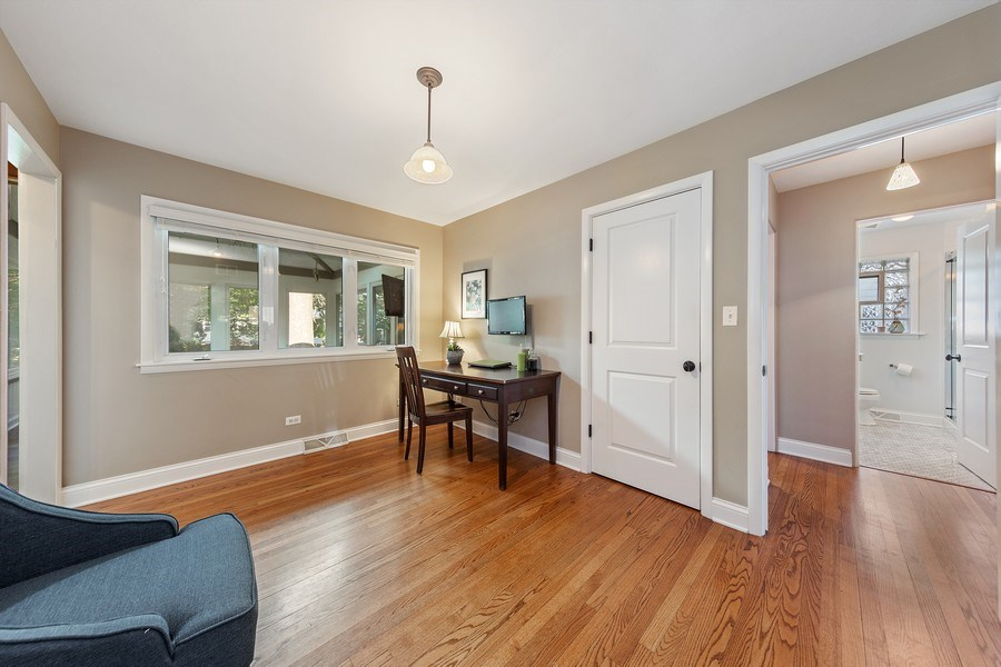 Real Estate Photography - 254 Scott Ave, Glen Ellyn, IL, 60137 - Bedroom 3/Den