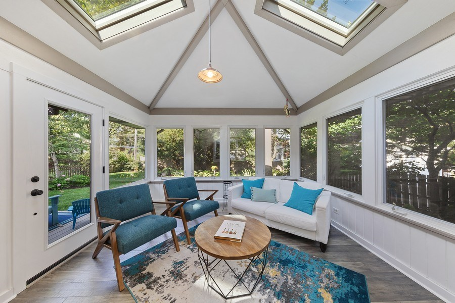 Real Estate Photography - 254 Scott Ave, Glen Ellyn, IL, 60137 - Sun Room