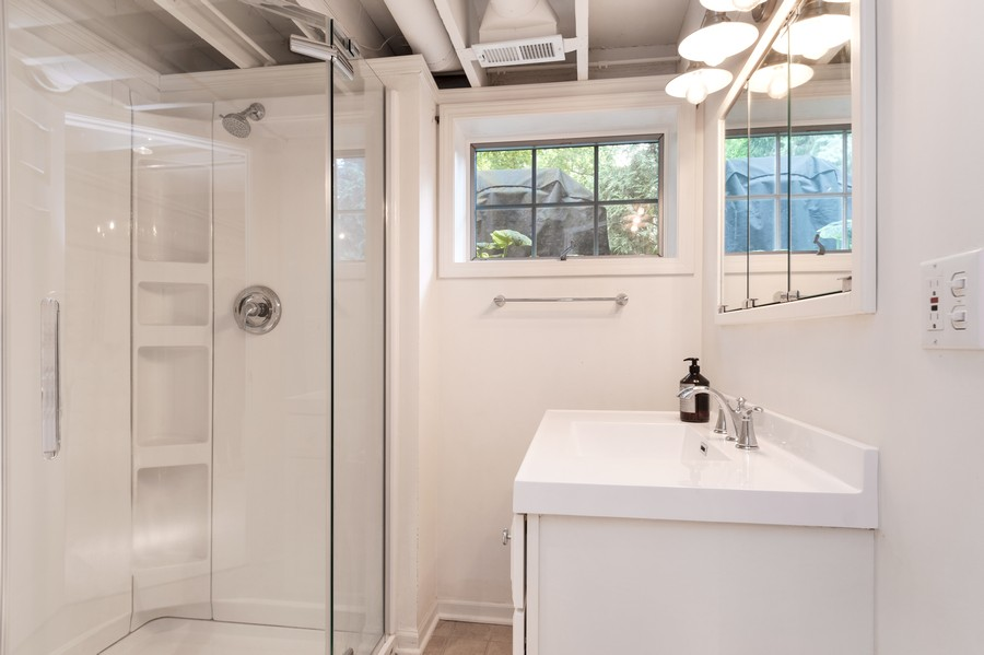 Real Estate Photography - 534 Forest Ave, Glen Ellyn, IL, 60137 - 3rd Bathroom