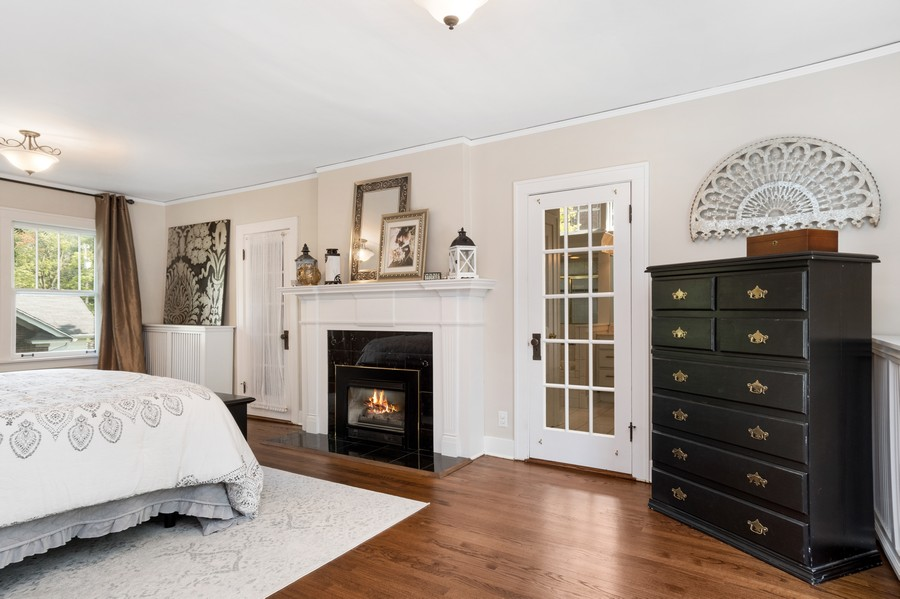 Real Estate Photography - 534 Forest Ave, Glen Ellyn, IL, 60137 - Master Bedroom