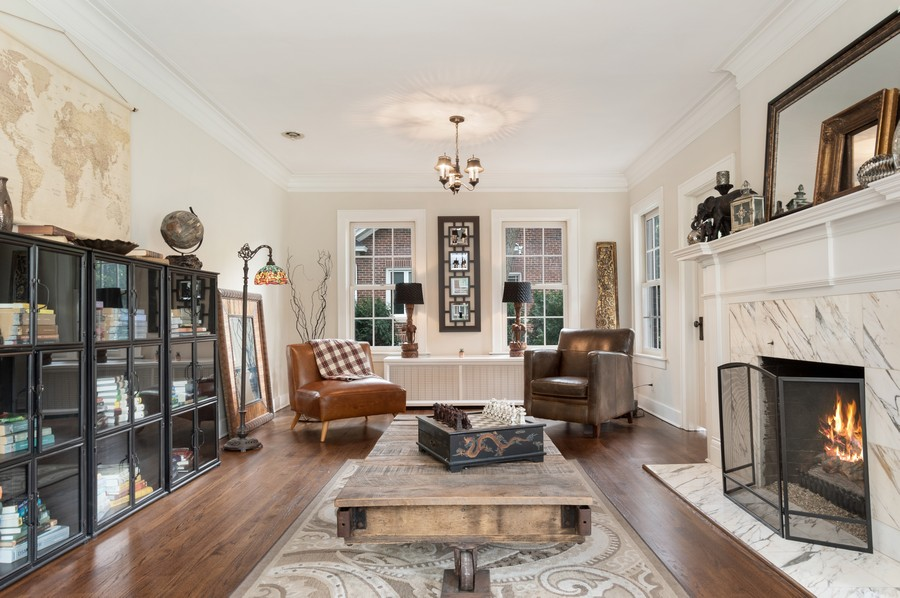Real Estate Photography - 534 Forest Ave, Glen Ellyn, IL, 60137 - Living Room