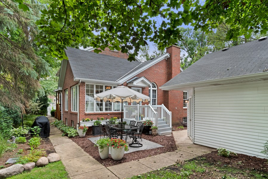 Real Estate Photography - 534 Forest Ave, Glen Ellyn, IL, 60137 - Patio