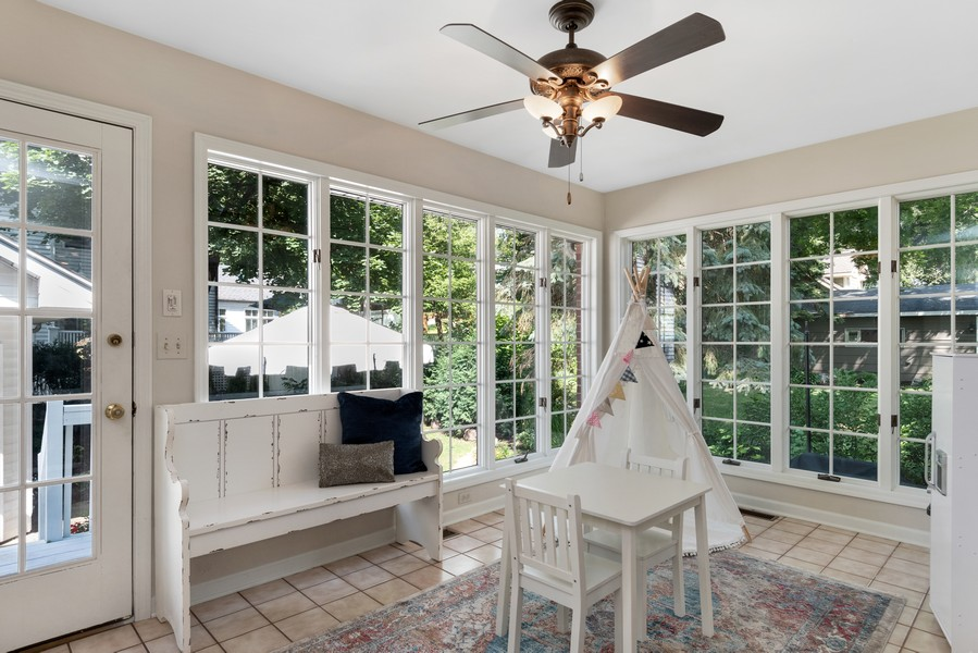 Real Estate Photography - 534 Forest Ave, Glen Ellyn, IL, 60137 - Sun Room
