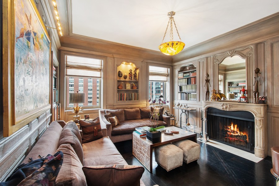 Real Estate Photography - 1325 North Astor St, 13, Chicago, IL, 60610 - Library