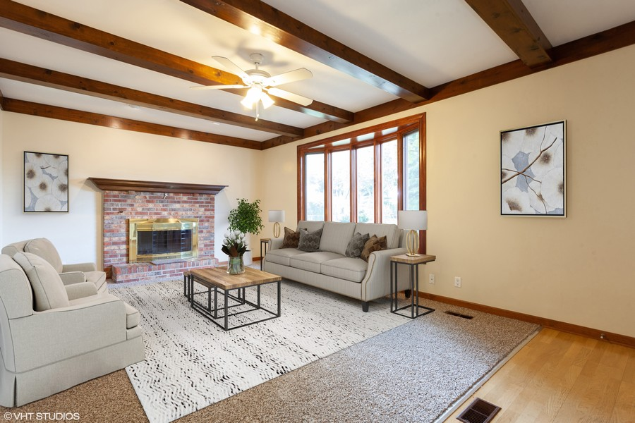 Real Estate Photography - 2390 Taliesin Dr, Aurora, IL, 60506 - Family Room
