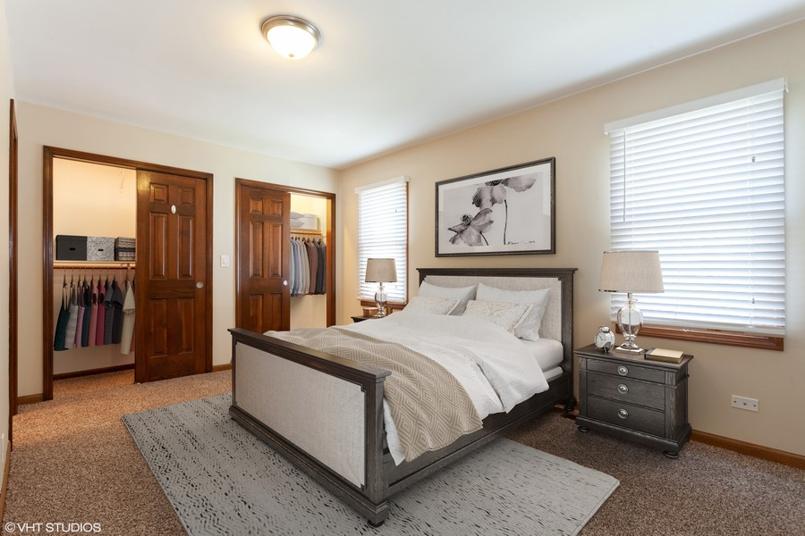 Real Estate Photography - 2390 Taliesin Dr, Aurora, IL, 60506 - Master Bedroom