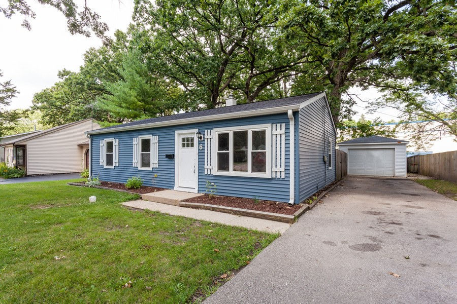 Real Estate Photography - 6 East Pine St, Streamwood, IL, 60107 - Front View