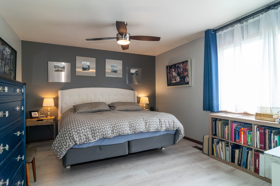 Real Estate Photography - 927 Hartwood Dr, Streamwood, IL, 60107 - Master Bedroom