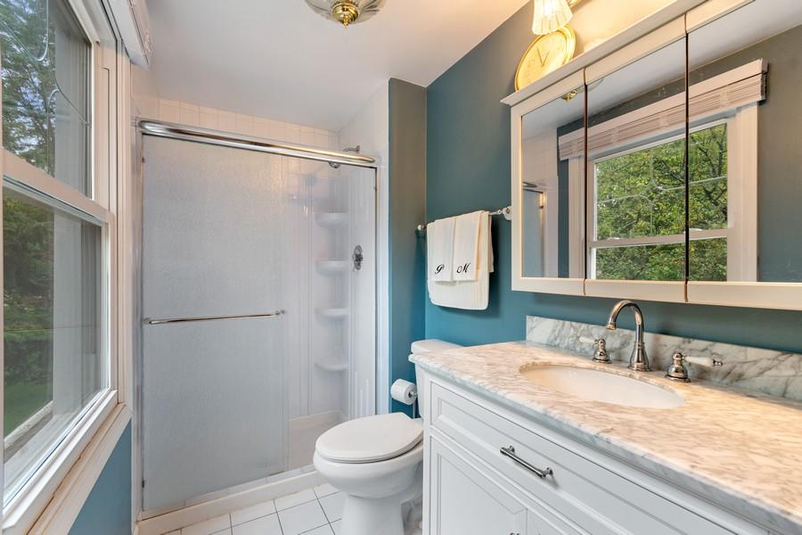 Real Estate Photography - 1520 Shenandoah Ln, Naperville, IL, 60563 - Master Bathroom