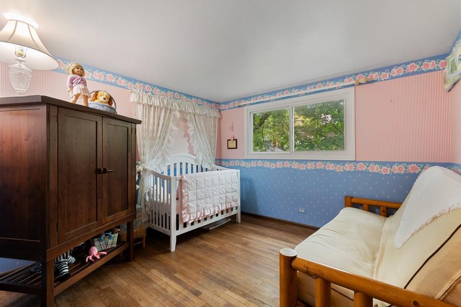 Real Estate Photography - 1520 Shenandoah Ln, Naperville, IL, 60563 - 3rd Bedroom