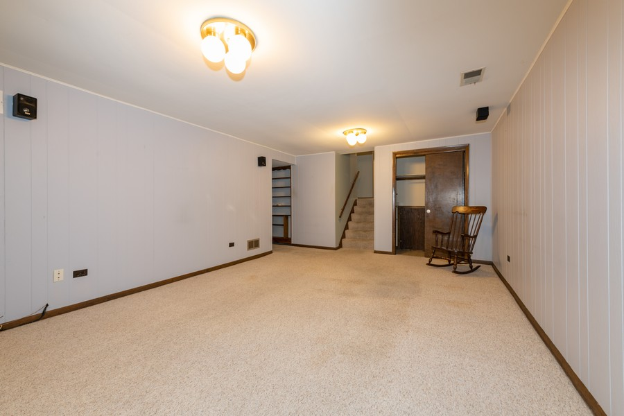 Real Estate Photography - 9S175 Kearney Rd, Downers Grove, IL, 60516 - Lower Level