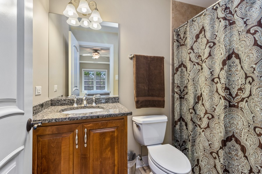 Real Estate Photography - 22622 Nature Creek Circle, Frankfort, IL, 60423 - 4th Bathroom