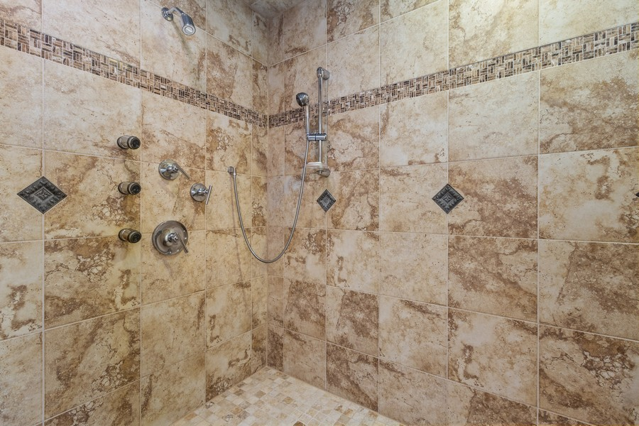 Real Estate Photography - 22622 Nature Creek Circle, Frankfort, IL, 60423 - Master Bathroom