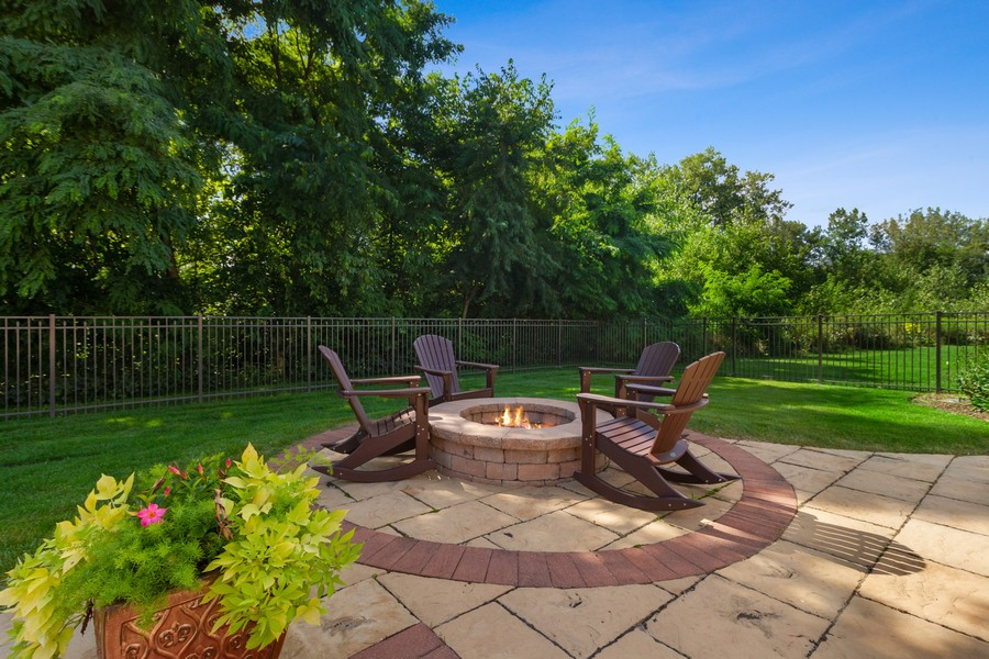Real Estate Photography - 22622 Nature Creek Circle, Frankfort, IL, 60423 - Back Yard