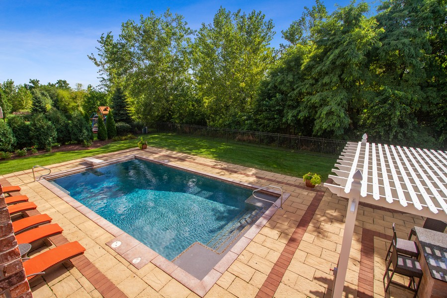 Real Estate Photography - 22622 Nature Creek Circle, Frankfort, IL, 60423 - Pool