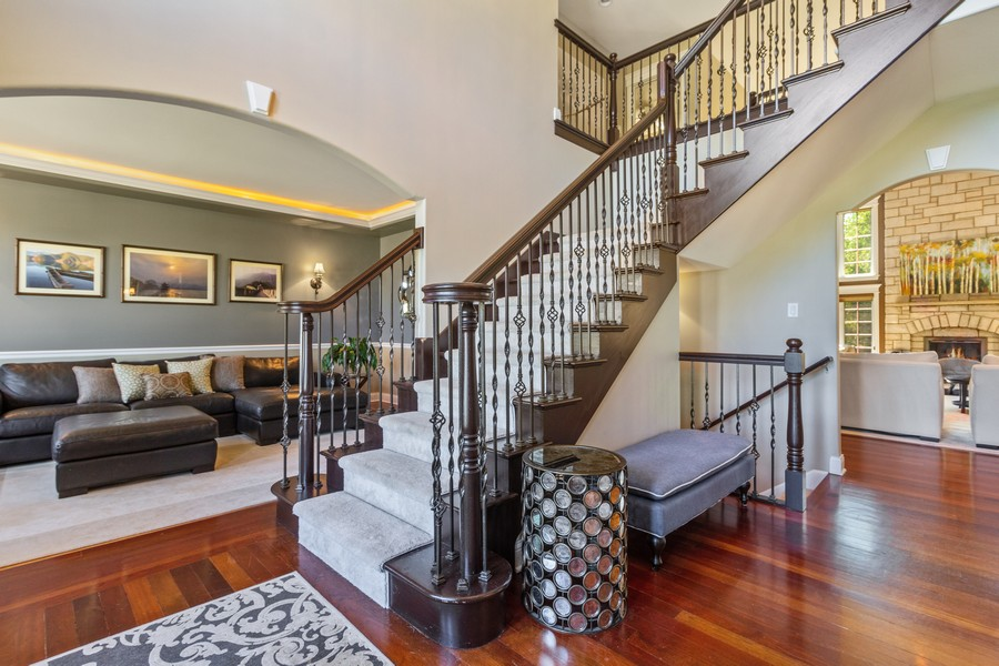 Real Estate Photography - 22622 Nature Creek Circle, Frankfort, IL, 60423 - Foyer