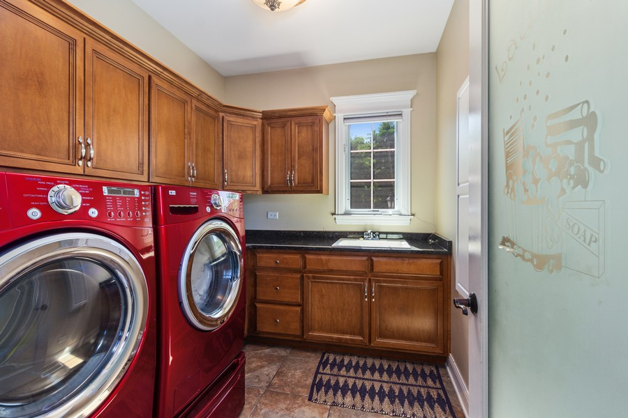 Real Estate Photography - 22622 Nature Creek Circle, Frankfort, IL, 60423 - Laundry Room