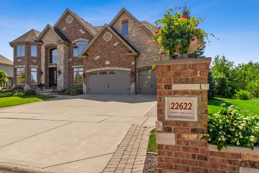 Real Estate Photography - 22622 Nature Creek Circle, Frankfort, IL, 60423 - Front View