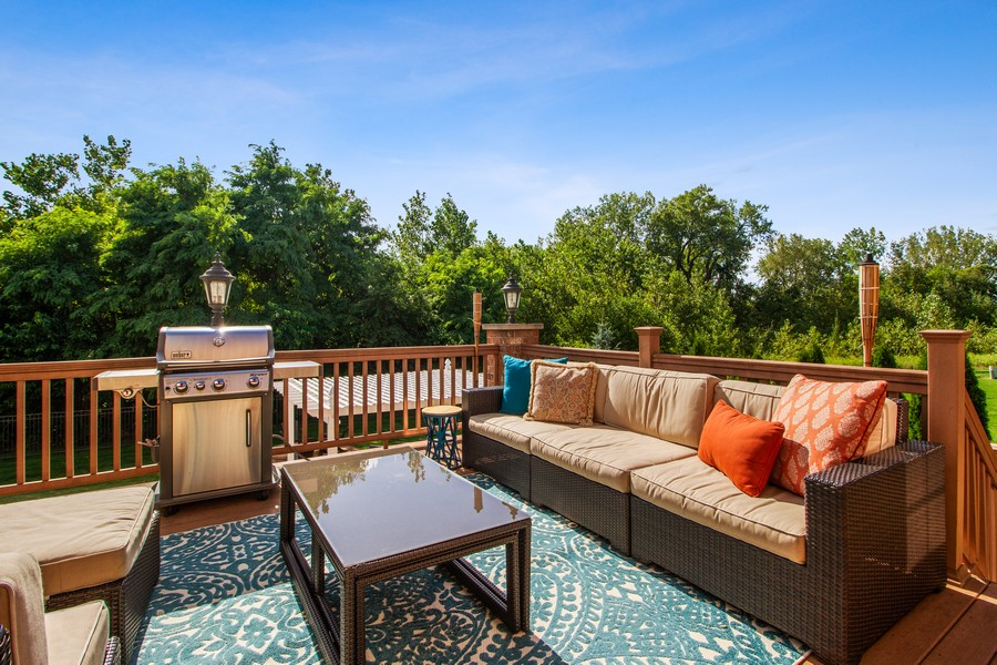 Real Estate Photography - 22622 Nature Creek Circle, Frankfort, IL, 60423 - Deck