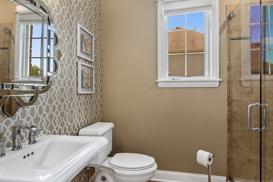 Real Estate Photography - 22622 Nature Creek Circle, Frankfort, IL, 60423 - Bathroom