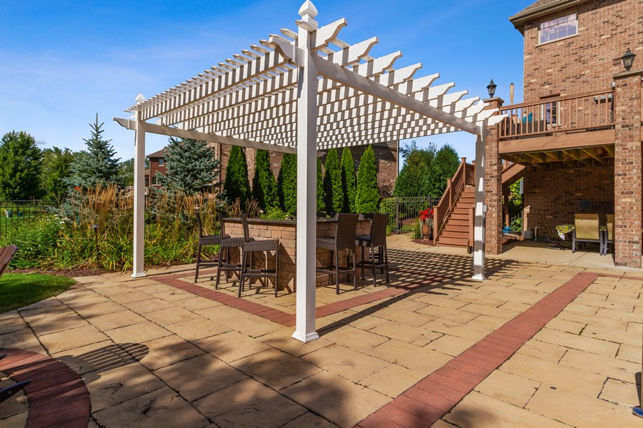 Real Estate Photography - 22622 Nature Creek Circle, Frankfort, IL, 60423 - Patio
