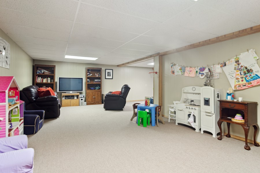 Real Estate Photography - 702 East Hackberry Dr, Arlington Heights, IL, 60004 - Basement