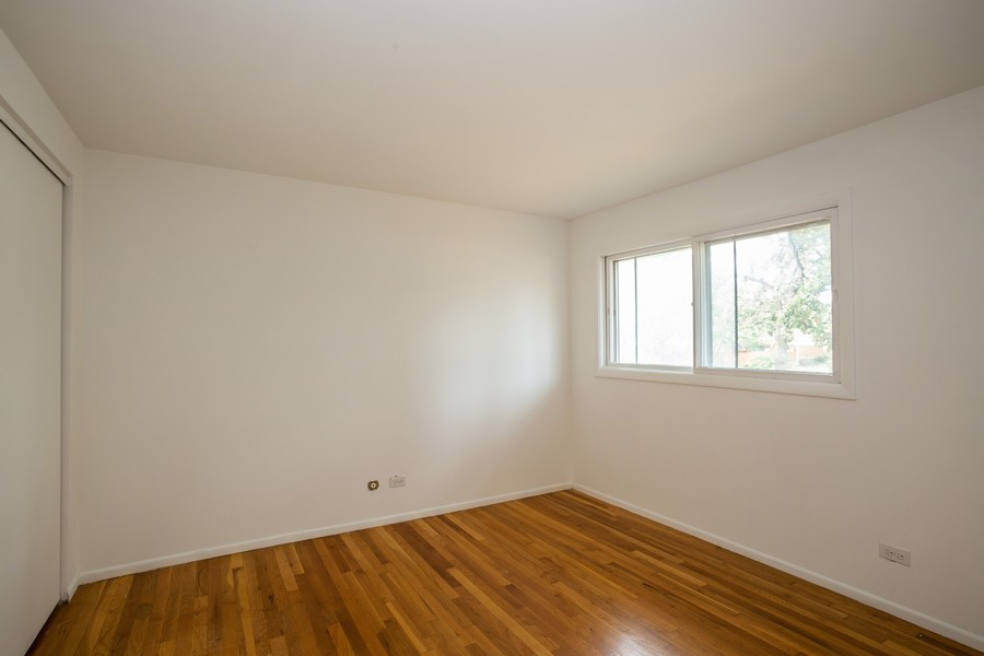 Real Estate Photography - 3102 Lynnwood Ct, Streamwood, IL, 60107 - Bedroom