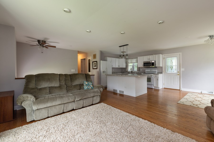 Real Estate Photography - 841 Hillandale Dr, Antioch, IL, 60002 - Living Room