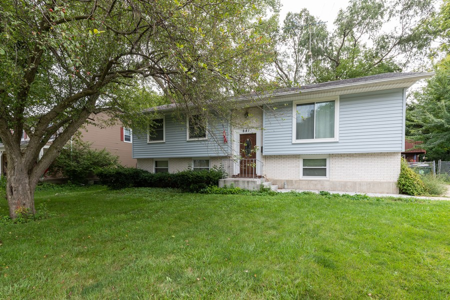 Real Estate Photography - 841 Hillandale Dr, Antioch, IL, 60002 - Front View